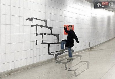 Subway_Art_04manonstairs